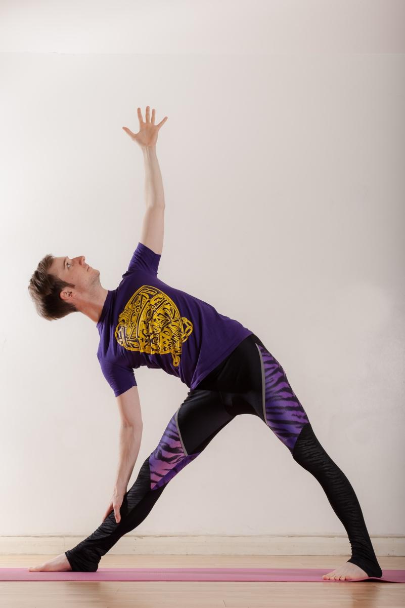Travis Yoga-19.jpg
